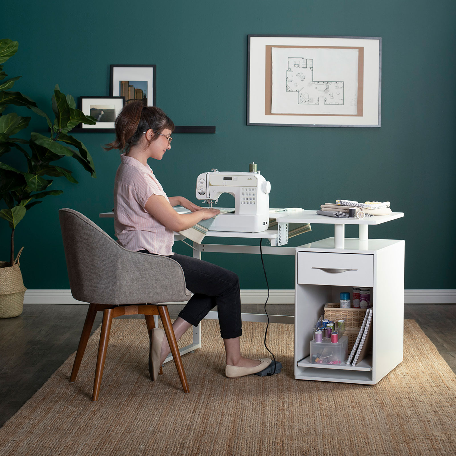 13397-Pro-Line-Sewing-Table-RS1-model1a-ext