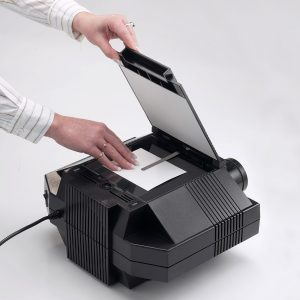 25090-Prism-Projector-use1a