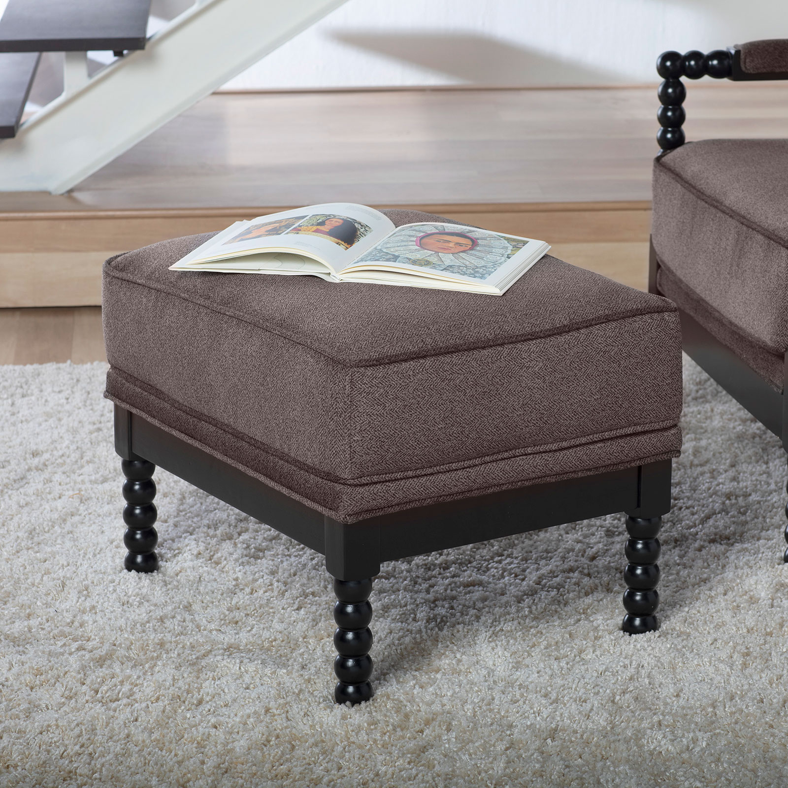 72038-Colonnade-Spindle-Ottoman-RS1b